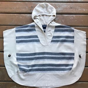 3/$30 American Eagle Poncho w/ Side Buttons & Hood